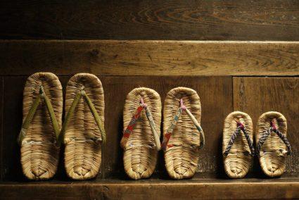 Mengenal Sandal Tradisional Jepang